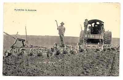 Tractor 1916 A Rare photo of Reeves Steamer pulling 4 plows 14 plow bottoms