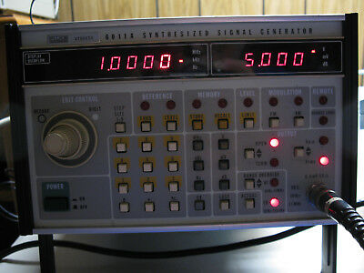 Fluke 6011A Synthesized Signal Generator 10Hz - 11MHz