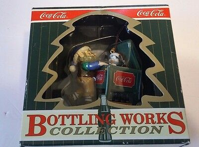 1996 Coca Cola Christmas Ornament Bottling Works Collection Elf W/ Ice Chest