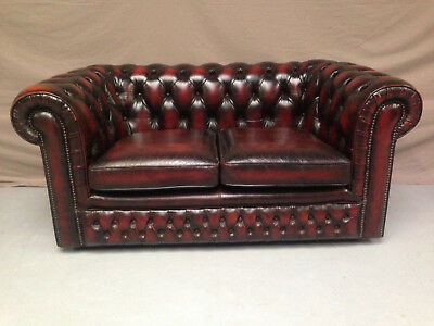 Canape Chesterfield Bordeaux 2 Places