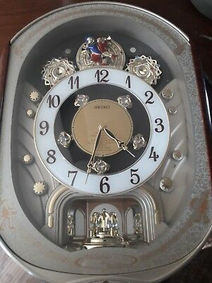 Seiko 2000s Collectors Edition Melodies In Motion Clock Holiday greatness
