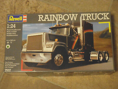 Revell 7537 Rainbow Truck in 1:24 aus 1991 !! in 1/24th scale - Rare !!