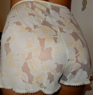Super Hübscher & Weicher Vintage Nylon Knicker / Gr.40/42 / Japan