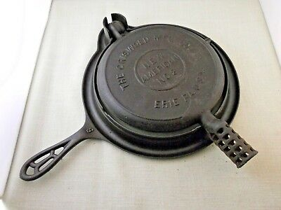 Vintage Griswold New American No. 8 Waffle Iron