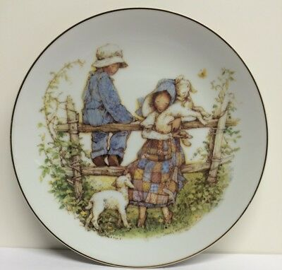 """COUNTRY MORNING"" By Holly Hobbie Collector's Edition Plate"