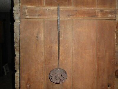 RARE LARGE PRIMITIVE 19th C OLD ORIGINAL PA. EARLY WROUGHT IRON HEARTH STRAINER