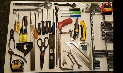 Used misc lot of hand tools,sockets, screw driver and other items..