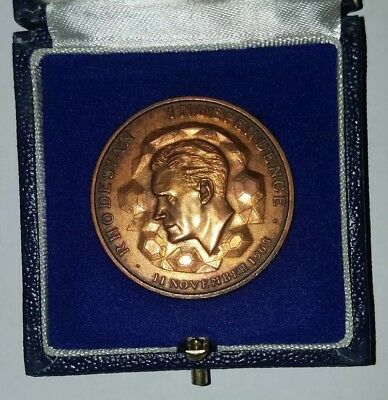 Rhodesian Independence Bronze Medal 1965 d.38mm, w/orig. case. LAST AUCTION 6/6!