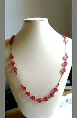 Stunning Vintage Art Deco Czech Hot Pink Pressed Glass Flowers Wire Necklace.