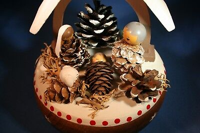 "ERZGEBIRGE REUGE Music Box ""Nativity"" Carved Wood Pine Cones Germany"
