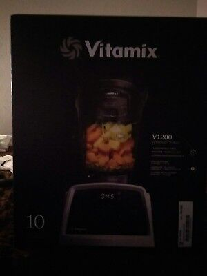 Vitamix blender V1200 model# VM0185b