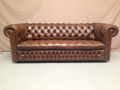 Canape Chesterfield Marron Capitonne 3Pl