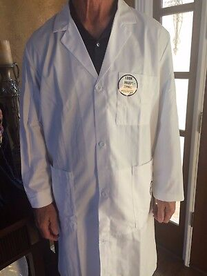 "Men's 1st Quality Meta Fine Twill Lab Coats 38"" Sizes: 32,46-56 13.00 Reg & Long"