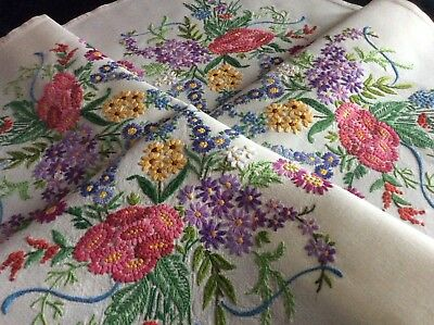 Exquisite Vintage Linen Hand Embroidered Tablecloth ~ Stunning Floral Bouquets