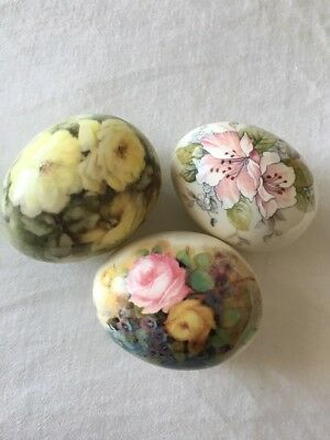 Vintage Porcelain Ceramic Decorative Collectible Egg Lot of 3 Floral Eggs  EUC