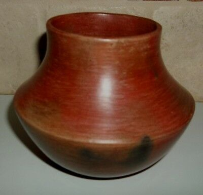 Native American Signed Susie W. Crank Navajo Pottery Pot Authentic Vintage-4-1/4