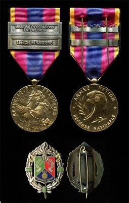 French Foreign Legion National Defence Gold Medal with two bars and 1st REC Badg