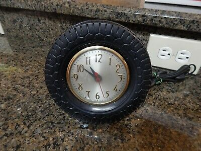 Kelly Tires 1950's Promotional Dealer Clock For Super Armor Trac Tires  Great!!