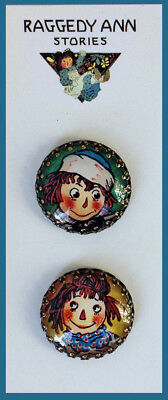 RAGGEDY ANN AND ANDY 25mm GLASS BUTTON Brass Filigree VINTAGE STORY BOOKS