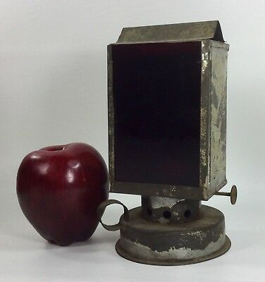 ANTIQUE TIN LANTERN w RED LENS VINTAGE PHOTOGRAPHY DARKROOM SAFETY LAMP
