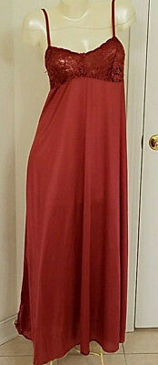Vintage OLGA Nightgown 92017 Sexy Stretch Lace Bodice/w Shelf Bra Sz 38 Burgundy