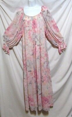 Gorgeous! Vintage 70s MISS ELAINE Pink Floral Nylon Nightie Nightgown sz L