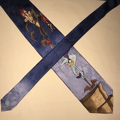 Looney Tunes Road Runner & Wile E.Coyote blue silk tie