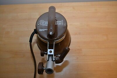 "Speedotron M11 Universal Light Unit with 7"" Reflector Brown Line"