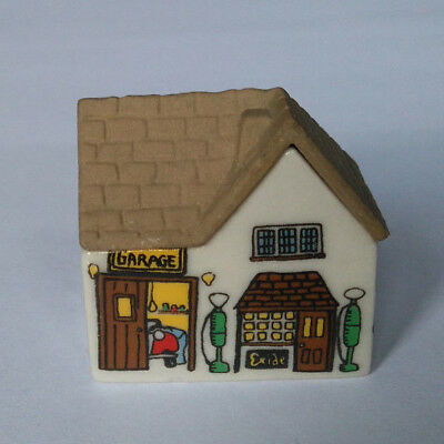 WADE Building WHIMSEY SERVICE STATION (Garage) Whimsey-On-Why Set Two 1981-1982