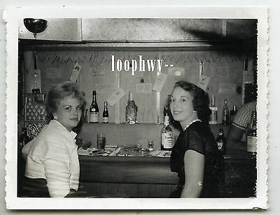 Mid-Century Women @ Home Bar - Vtg Old 1950s Polaroid Snapshot PHOTO, bottles