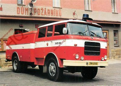 Picture Postcard:-FIRE ENGINE, EASTERN EUROPE?