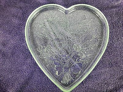 Mikasa Crystal Sweetheart Rose Bouquet Heart Wedding Serving Tray Platte  B1369