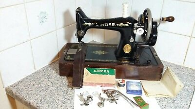 Vintage Hand Crank Singer Sewing Machine Model 99K, beautiful ,Recently serviced