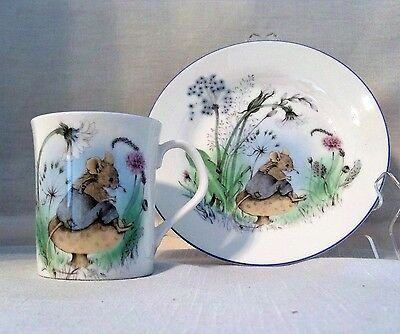 MR. MOUSE FINE BONE CHINA ELIZABETHAN 2 PIECE COLLECTION HAND DECORATED in BOX
