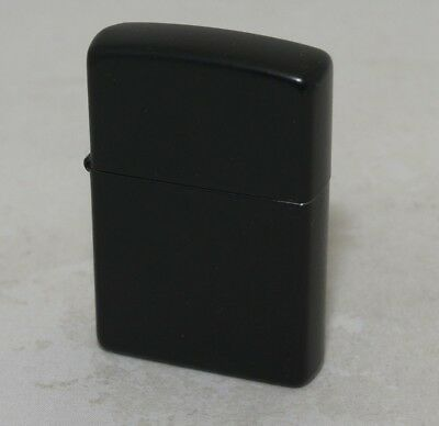 Zippo Black Matte Lighter No 218 2004 (J 04)