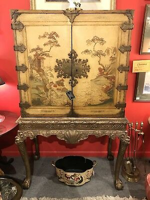 18th Century George I Coromandel Cabinet on Silver Leaf Stand