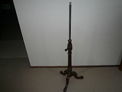 Antique Cedar Kerosene Floor Lamp Stand With Adjustable Height
