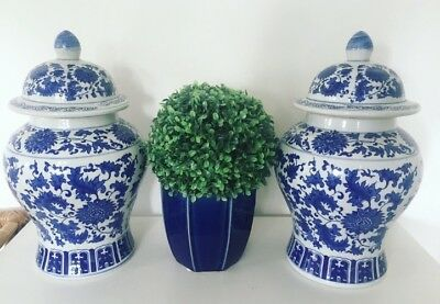 Blue White Floral Ginger Jars Pair Chinoiserie Hamptons Chinese Urns Vases Large
