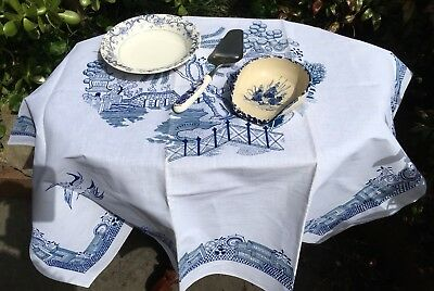 Blue & White Pottery/ Willow Pattern Linen Pack
