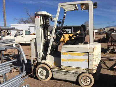 1997 Hyster E50XM-33 Electric Riding Forklift 5000 lb w/sideshift USED