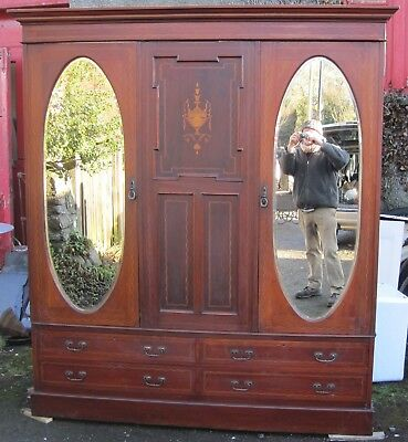 Antique Wardrobe / Compactum. Edwardian.