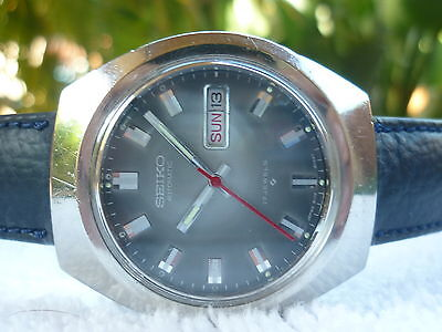 VINTAGE SEIKO AUTOMATIC double date 17 Jewels Steel Fully Serviced watch