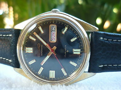 VINTAGE SEIKO AUTOMATIC quick double date 17 Jewels Steel fully serviced watch