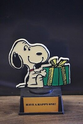 Vintage 1958 United Feature Aviva Snoopy Trophy Have A Happy One
