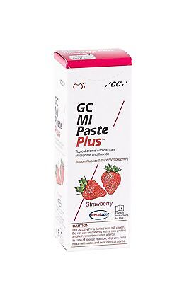 GC MI Paste Plus Strawberry FREE POSTAGE