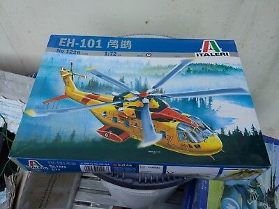 Italeri 1226 1/72 EH-101 AW Merlin  Canada Search & Rescue Helicopter