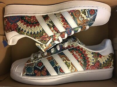 san francisco f576c 730e3 ADIDAS ORIGINAL WOMENS Superstar Shoe Tropical Print