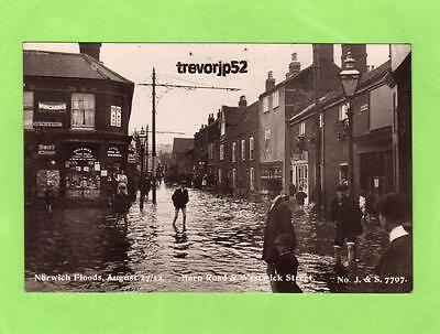 Barn Road Westwick Street Norwich Floods Flooding 1912  RP pc Used J & S Ref B77