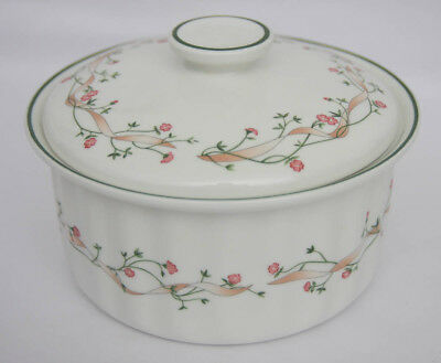 Johnson Bros Eternal Beau Casserole Serving Dish With Lid  (104)