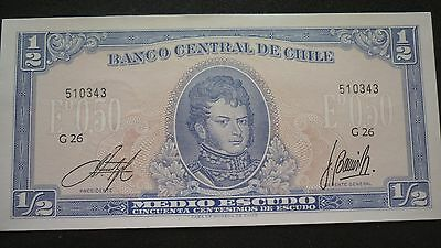 Chile 1/2 Escudo Banknote -  1975   -  Crisp Uncirculated